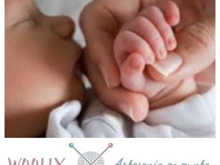 Bañar o no bañar al bebé al nacer