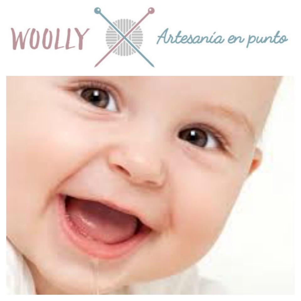 WoollyHandmade, ropa de bebé hecha a mano. Artesanía