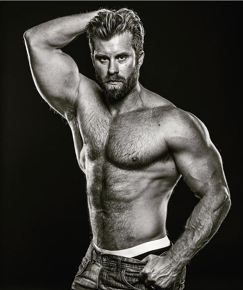 Craig - Arm Up.jpg