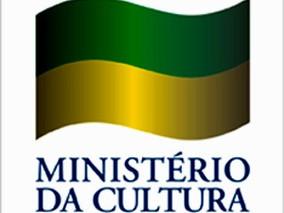 CLP LANÇARÁ 10 OBRAS DE AUTORES PARANAENSES