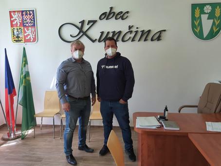 Obec Kunčina na Moravskotřebovsku má novou hasičskou zbrojnici a staví byty