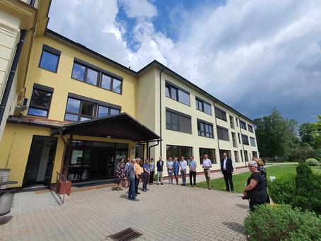 Střední škola a základní škola v Žamberku má nový úspornější kabát