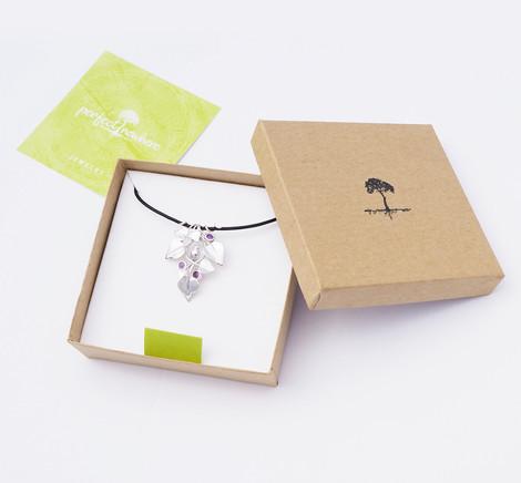 Nestled Bird, Silver - packaging