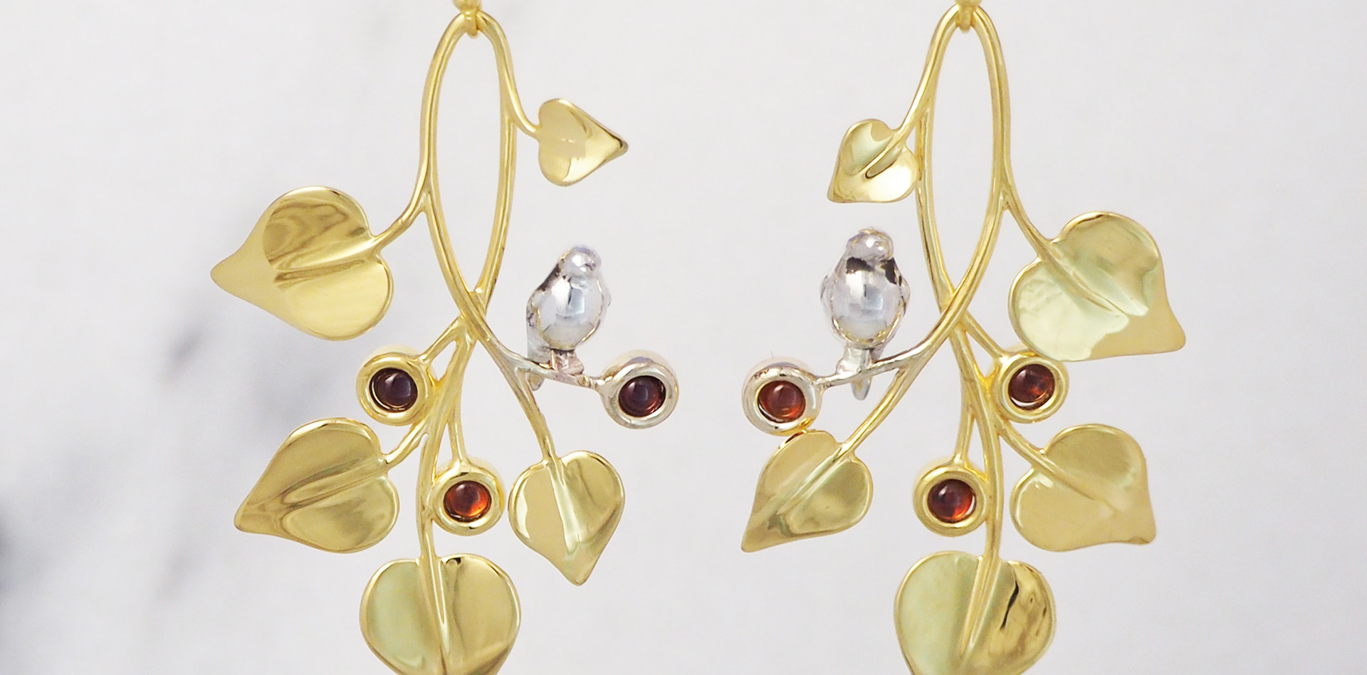 Doves in Draping Vines, Earrings-front