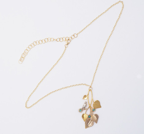A Dove in Draping Vines, Gold - chain
