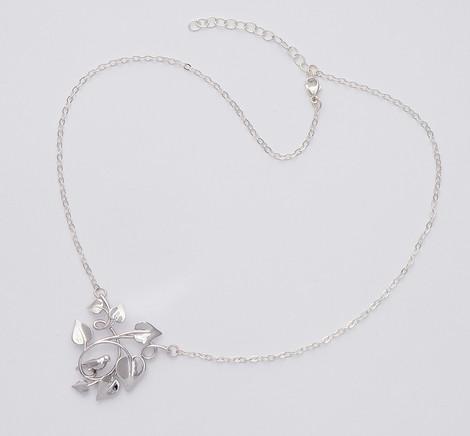 Dove Embraced, Silver - chain