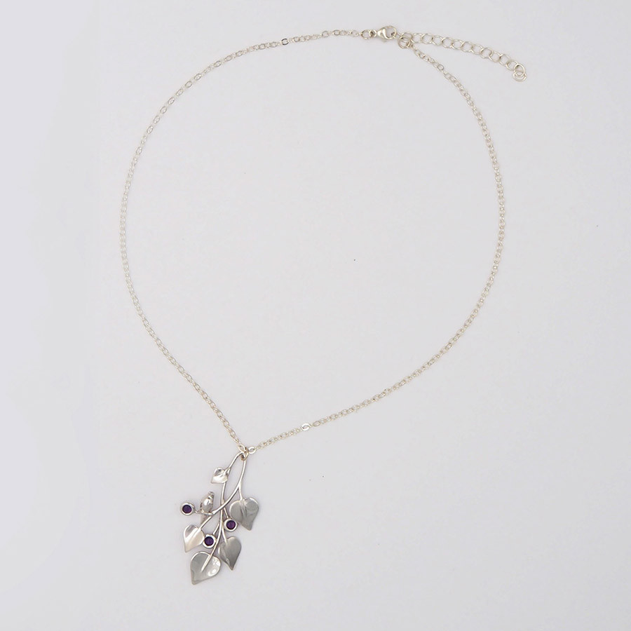 A Dove in Draping Vines, Silver - chain