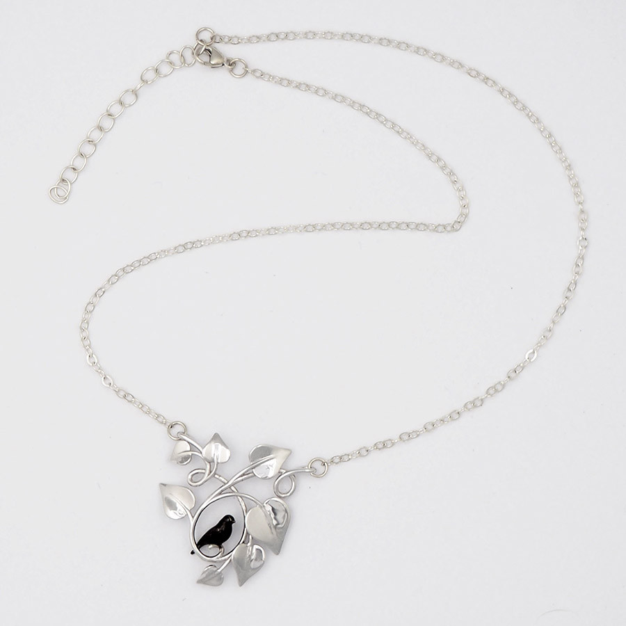 Blackbird Embraced, Silver - chain
