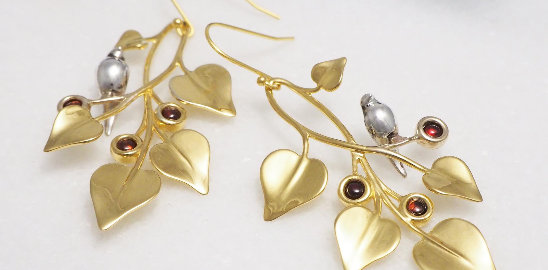 Doves in Draping Vines, Earrings-on marble