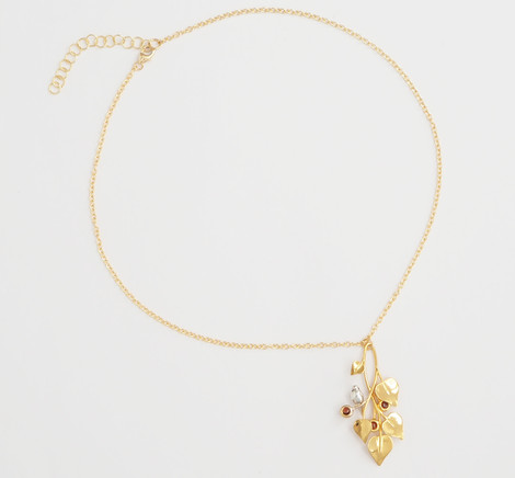 A Dove in Draping Vines Gold Red - chain