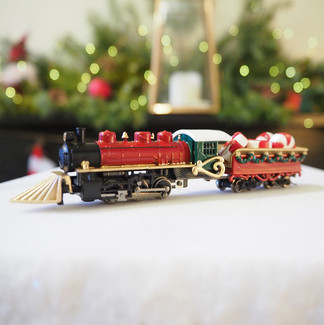Classic Christmas Locomotive, red
