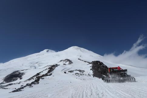 【24カ国目】ロシア最高峰、エルブルス山(5,642m)