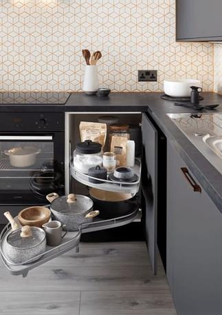 Elancon Rangement-angle-Cuisine-Equipee-Elancon-Super-Mat-Graphite-711x530.jpg