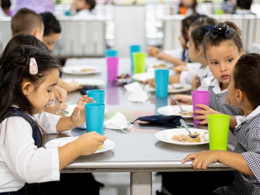 Girardota El Programa de Alimentación Escolar - PAE brinda raciones o paquetes nutricionales...