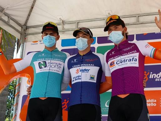 Aldemar Reyes ganó la etapa y Alex Gil asume en Amalfi el liderato de la Vuelta Marco Fidel Suárez