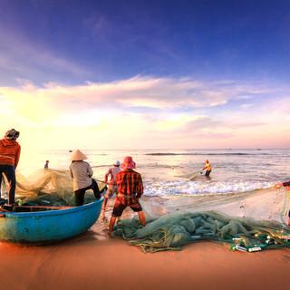 126-fishermen-2983615 (1).jpg