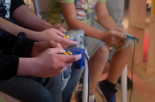 P45_Tournoi de jeux vidéo_Warp Zone_©DR.jpg