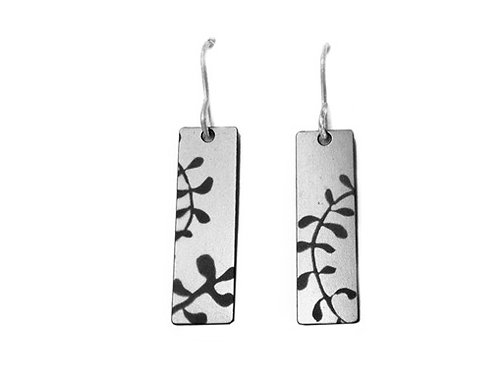 Tint Earrings 30% OFF