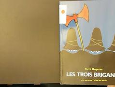 Livre - Les trois brigands