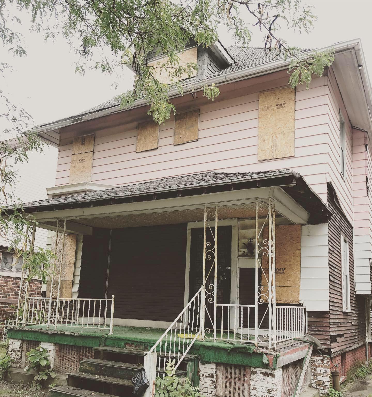280 Holbrook St