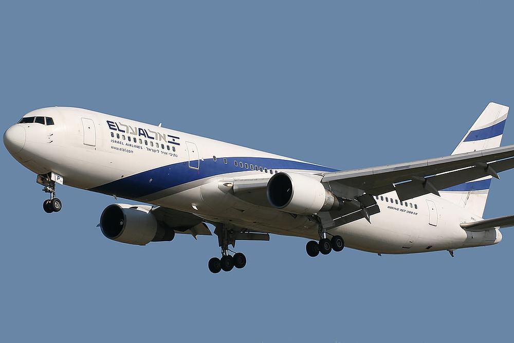 Die Israelische Fluggesellschaft EL AL Israel Airlines ist durch die Koronakrise in schwere finanzielle Turbulenzen geraten. Bis auf einige wenige internationale Flüge steht die Flotte von EL AL am Boden.