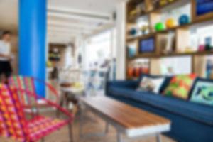 Kostenlose Fahrräder, mit denen Sie Tel Aviv mit dem Fahrrad erkunden können, stehen Ihnen ebenfalls zur Verfügung. Eine 24-Stunden-Rezeption ist ebenfalls vorhanden. Mehrere Restaurants und Bars erreichen Sie nach 150 m.