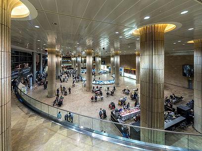 Mit der Wiederaufnahme der Flüge von Österreich nach Israel zum Ben Gurion Airport Tel Aviv, stehen wieder zahlreiche Flugverbindungen ans Mittelmeer zur Verfügung.    Zum 1. Juni 2020 starten El Al Israel, Wizz Air und Austrian Airline  Flüge von der österreichischen Bundeshauptstadt Wien und El Al zusätzlichauch von Salzburg.