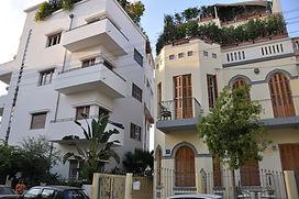 Tel Aviv  für junge Leute, die LGBT Community,Freunde der Baushaus Architektur,Jaffa und Stände soweit das Auge reicht.