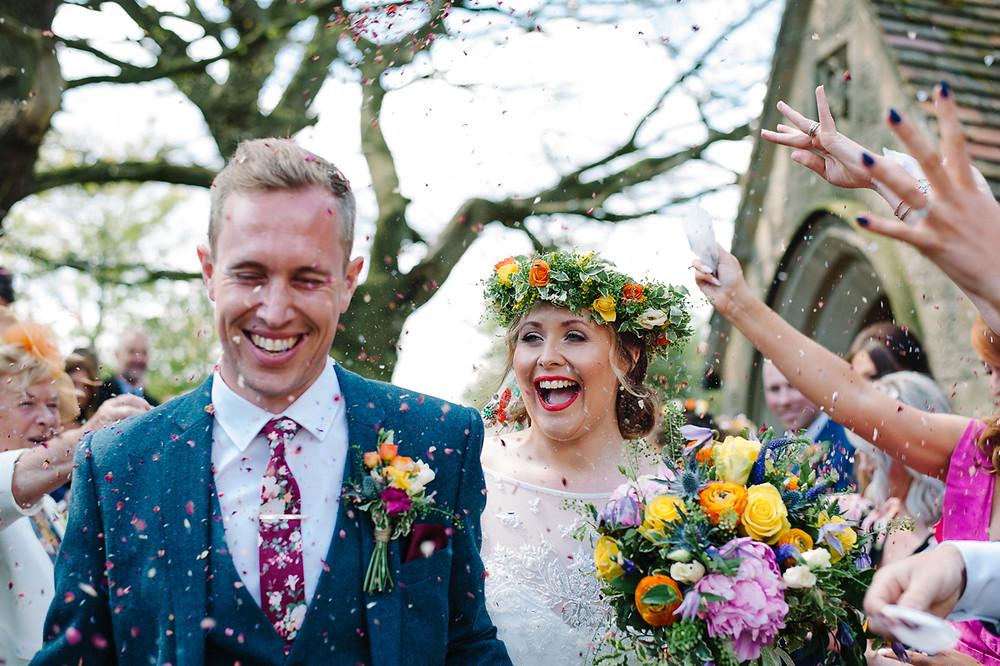 wedding confetti, confetti, wedding confetti moment, biodegradable confetti, wedding confetti, biodegradable confetti, wedding confetti petals, real petal confetti, confetti petals, real petal confetti, real petals, natural petals, rose petals, biodegradable rose petals, wedding confetti petals, confetti petals, biodegradable petals, wedding confetti, confetti, biodegradable cofnetii, confetti wand, confetti wands