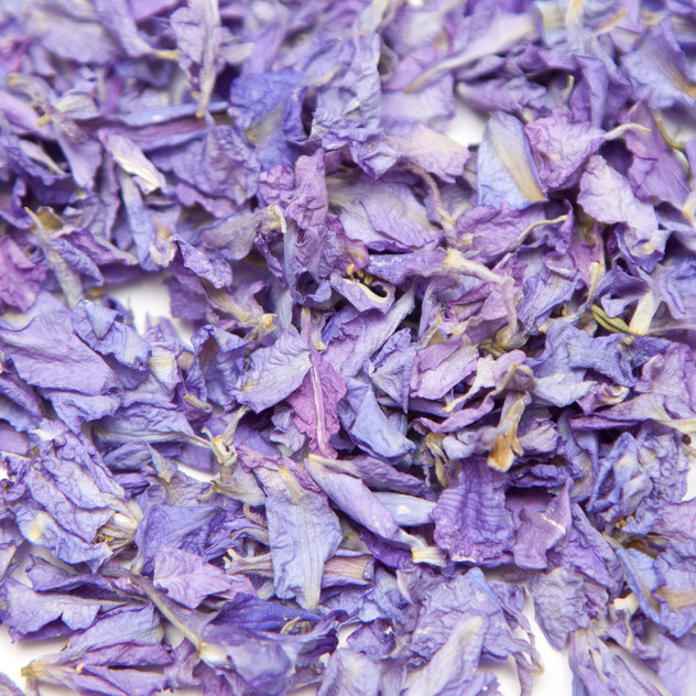 Lavender themed wedding ideas confetti petals