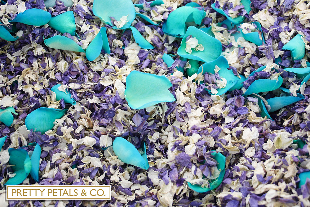 Peacock confetti wedding ideas