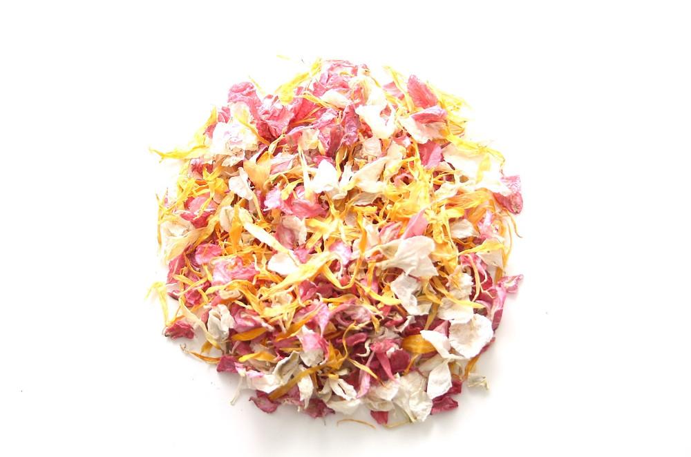 biodegradable confetti, wedding confetti, natural wedding confetti, wedding confetti petals, petals, wedding petals, wedding decor, wedding confetti petals, biodegradable petals