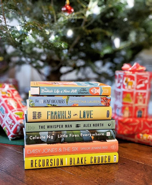 booksterjess holiday gift guide books