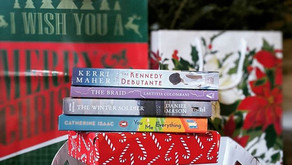 Holiday Gift Guide: Gift Ideas for Book Lovers (That AREN'T Books)
