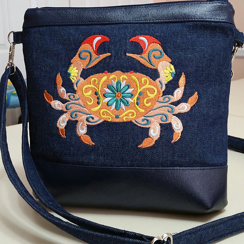 Embroidered Flower Crab Purse