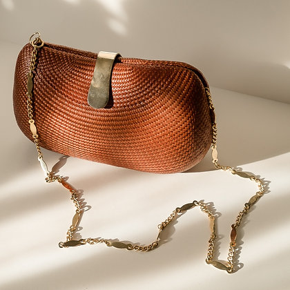 Rattan clam shell bag