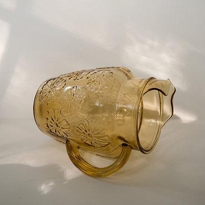 Daisy pitcher