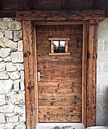 Porte_entrée_rustique_.jpg