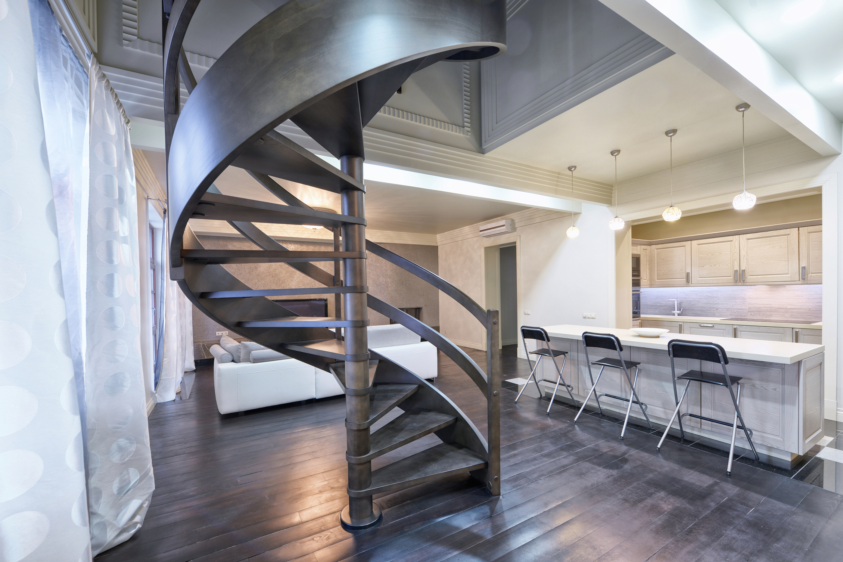 URBAN LUXURY HOMES IRON STAIRCASE