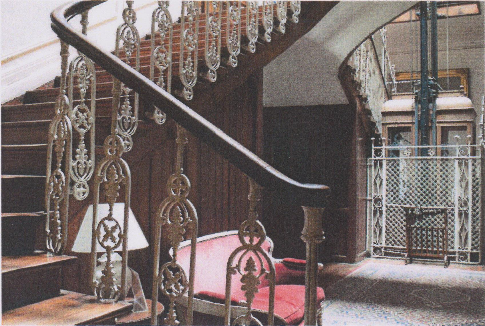 SPAIN CASTLE IRON CRAFTED STAIRCASE