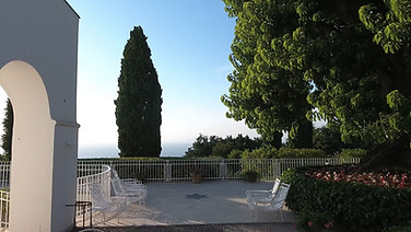 Capri Villa Patio