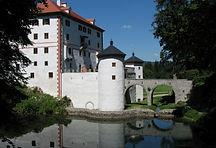 Snežnik_Castle.jpg