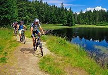 F001641-kolesarjenje_na_pohorju_biking_o