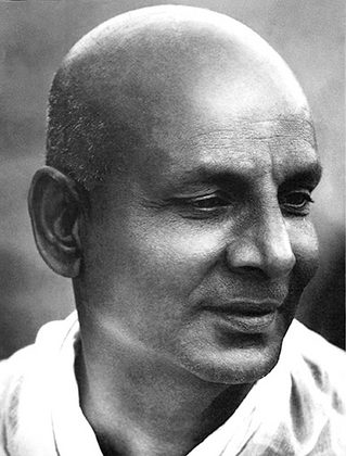 Sivananda Yoga. One of the traditional Yoga schools of India that holds parampara.