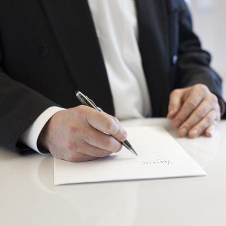 Bem de família oferecido como caução em contrato de aluguel é impenhorável