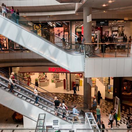 Shopping não pode inscrever lojista em órgão de proteção ao crédito por inadimplências