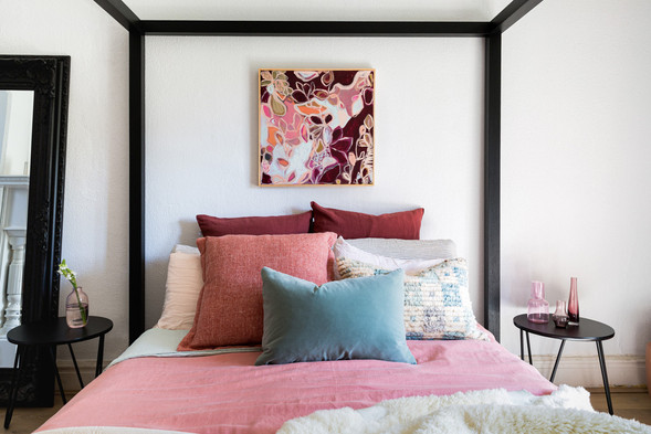 Burgundy is for Bees_insitu