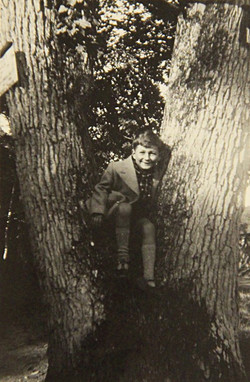 Guy Debord as a child