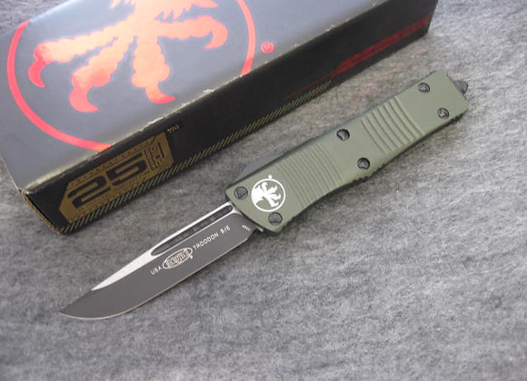 Microtech Troodon S/E Black Standard OD Green chassis