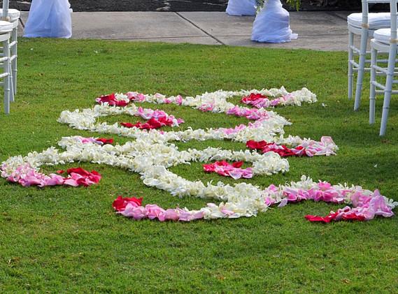 Ombre swirl petal scatter